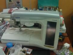 Sewing and embroidery machine BROTHER Innov-is 4000D